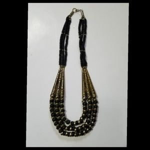 3-Strand-Necklace[Black/Gold Metal]